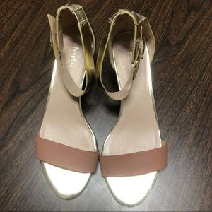 Charles by Charles David Sandals Size 9.5